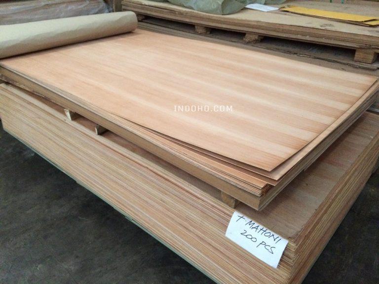 Triplek Plywood Mahoni